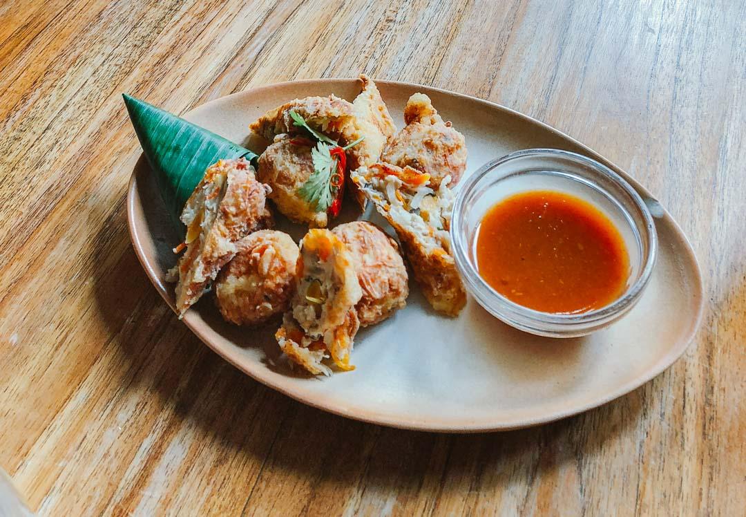 culinária-indonésia-ayam-goreng.jpg
