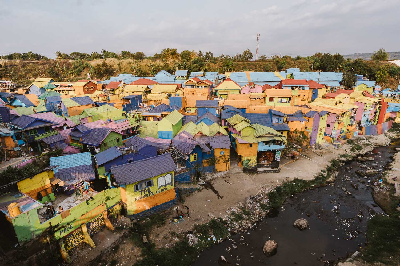 kampung-jodipan-malang-indonesia.jpg