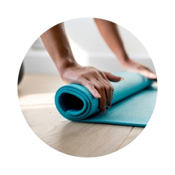 Yoga-class-Jakarta-Elen-Pradera.jpg