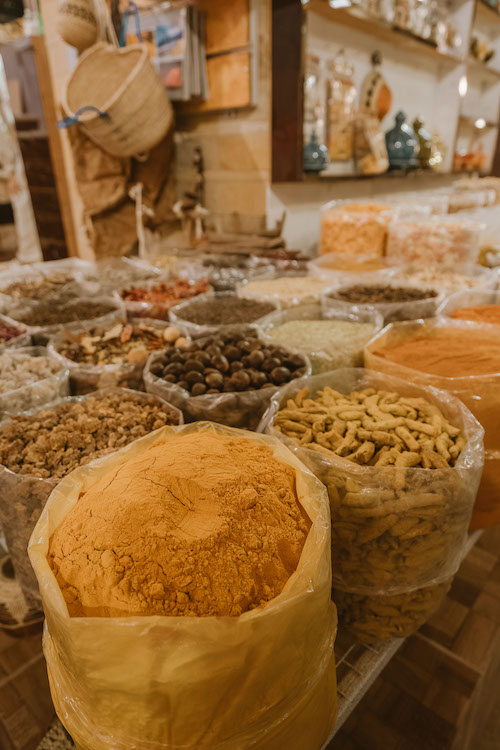 Nizwa-Souq-What-to-do-in-Nizwa-Elen-Pradera.jpg