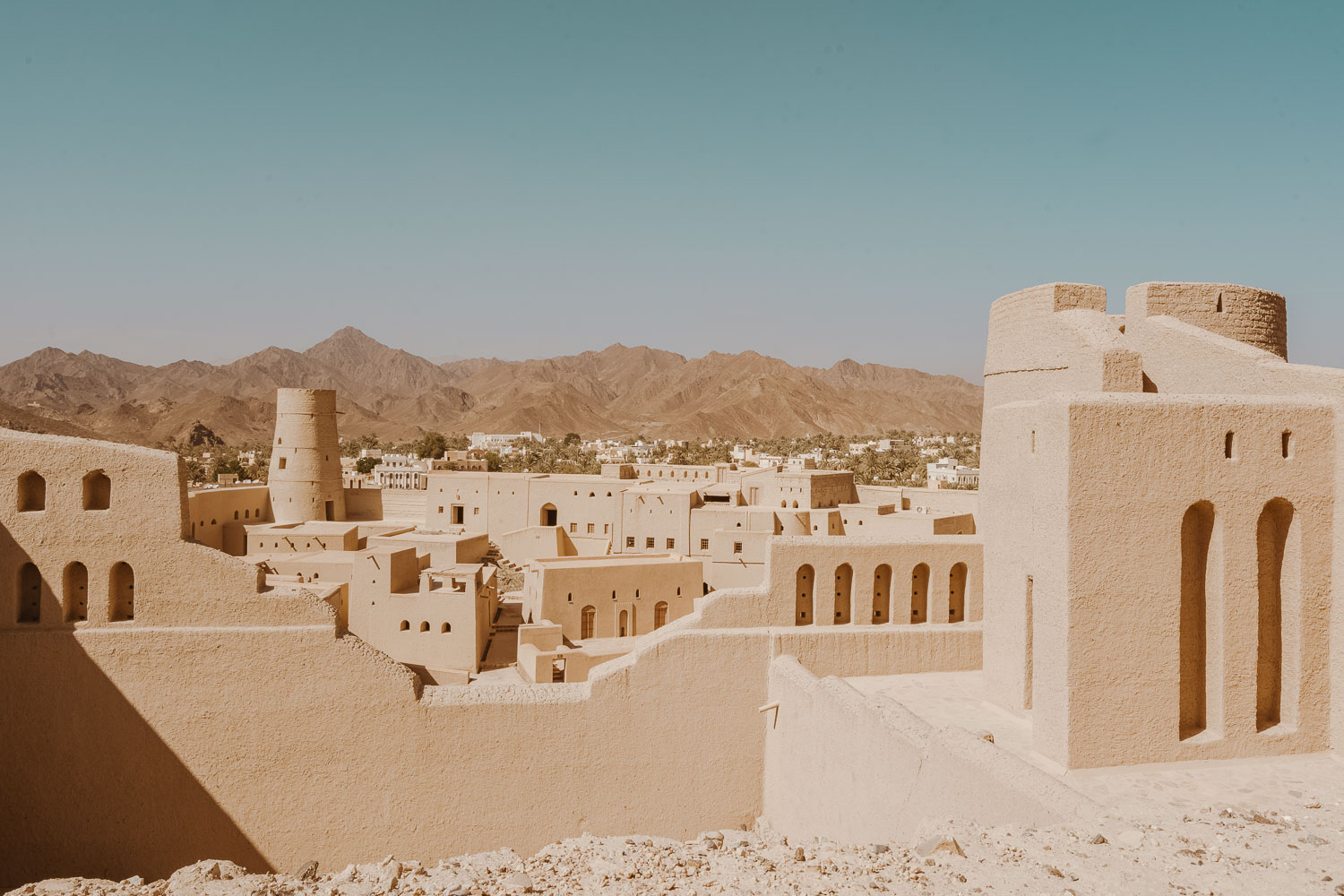 Bahla-Fort-What-to-do-in-Nizwa-Elen-Pradera.jpg