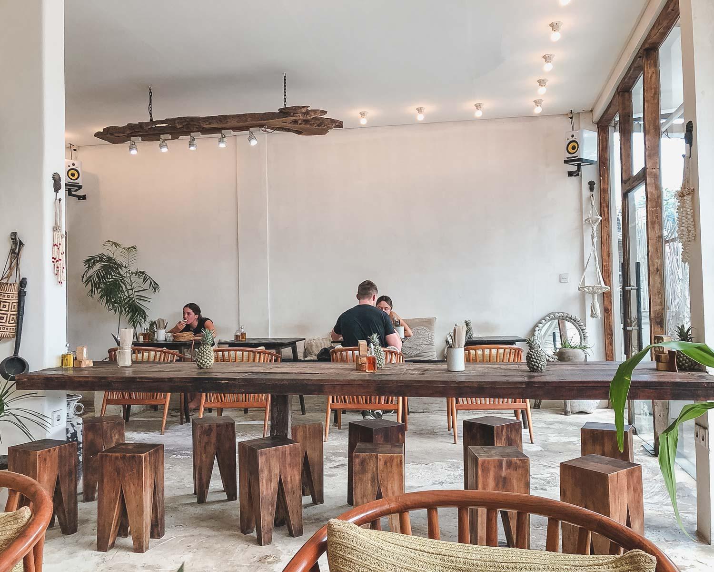 Where to eat in Canggu – Parachute
