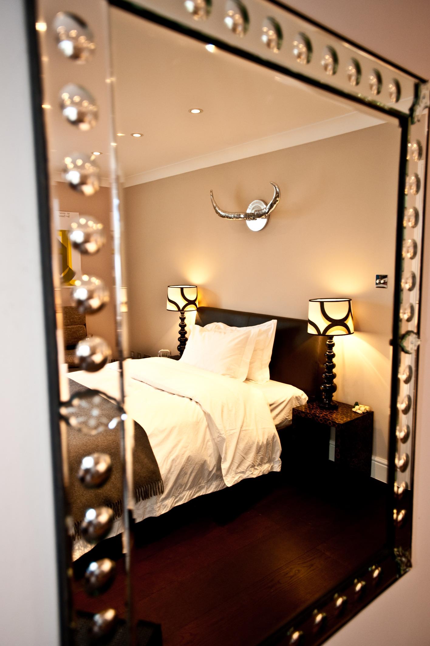 18. TOp floor bed_DSC8653.JPG