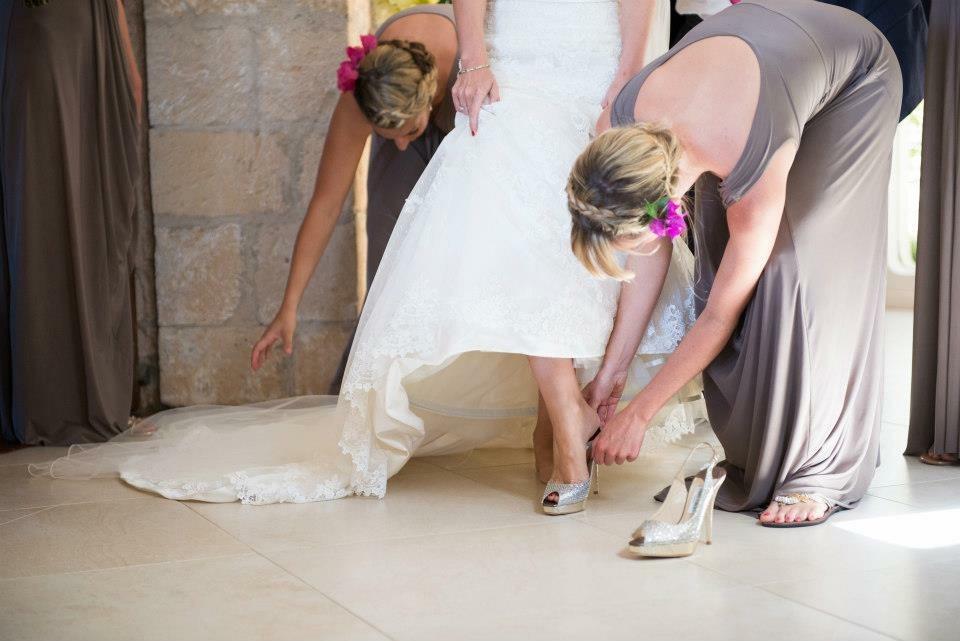 helping a bride  2.JPG