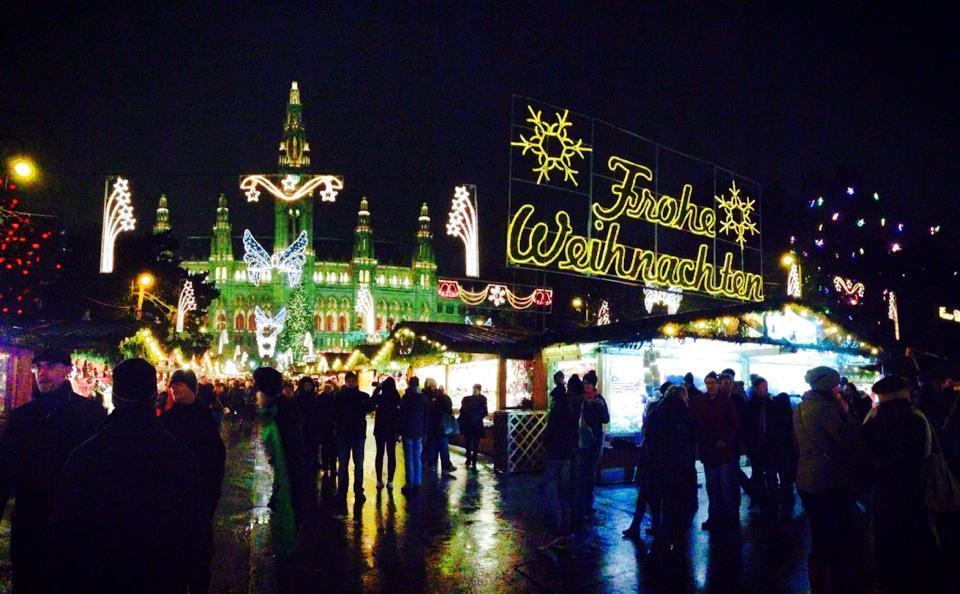 Vienna-Christmas-Markets.jpg