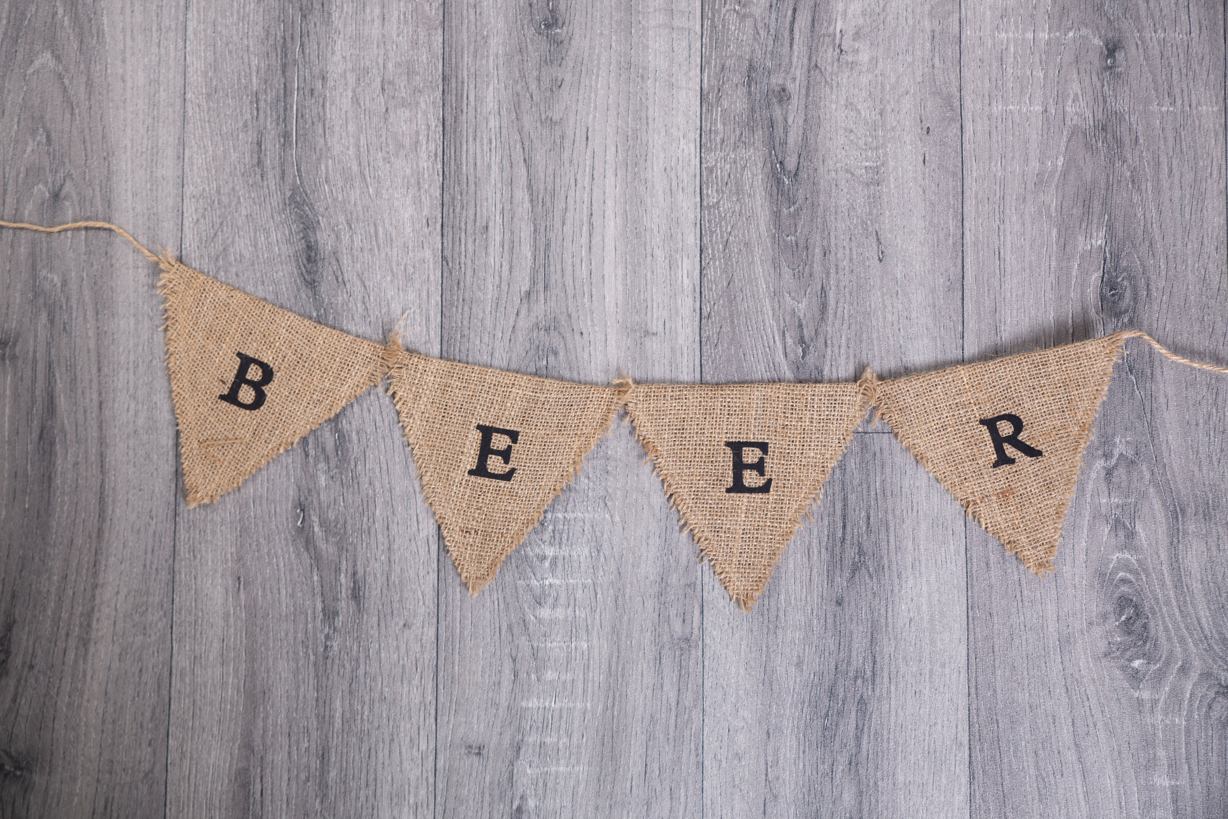 Beer Bunting (BLL008)