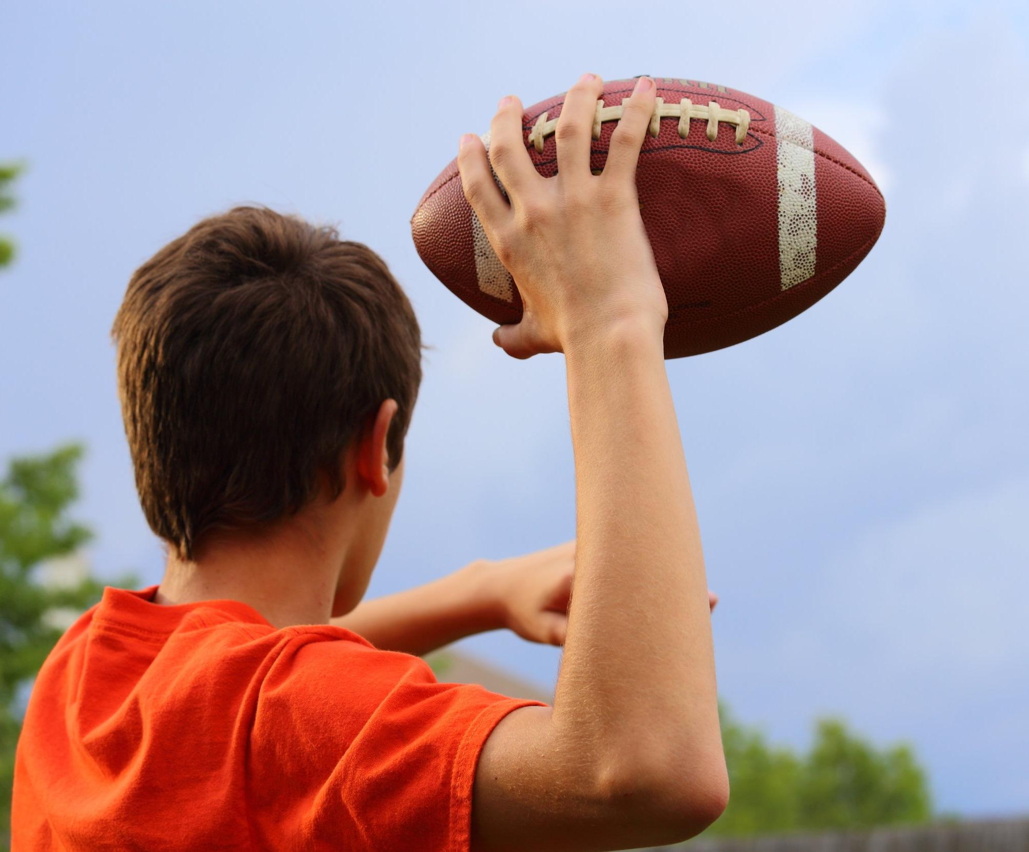 Football Toss