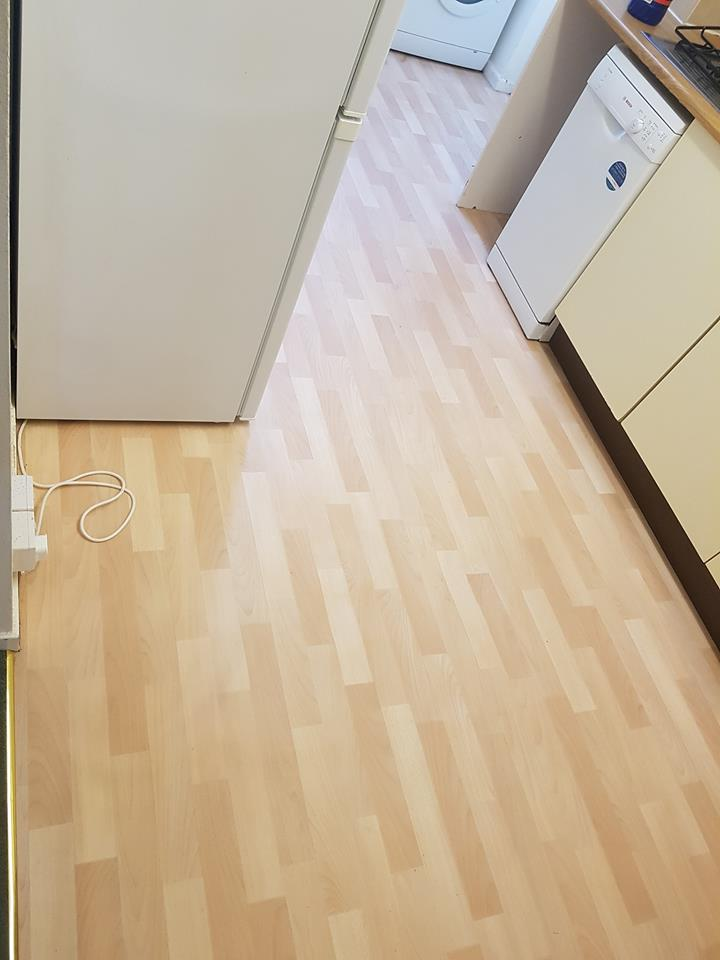 Hardfloor cleaning 2.jpg
