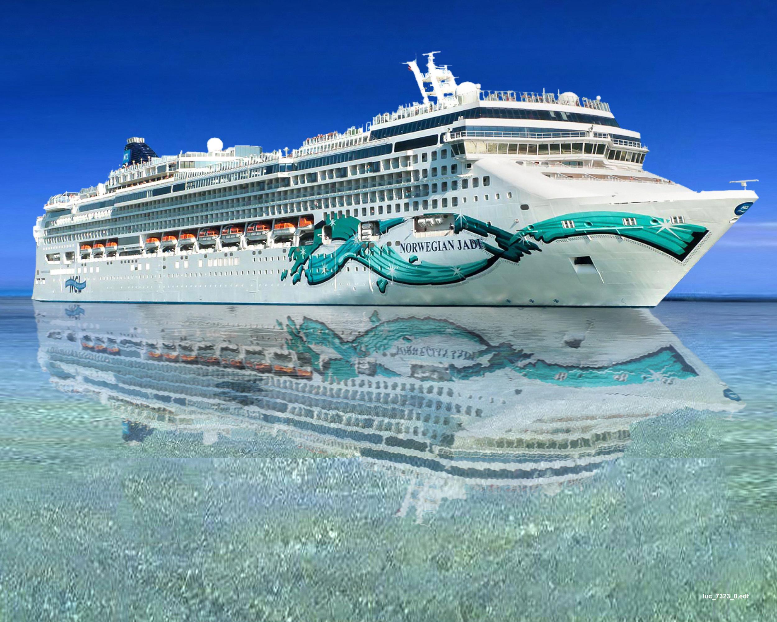 Cruiseship Photography - 3 WEEKS: R17 050 | 2 WEEKS: R11 550