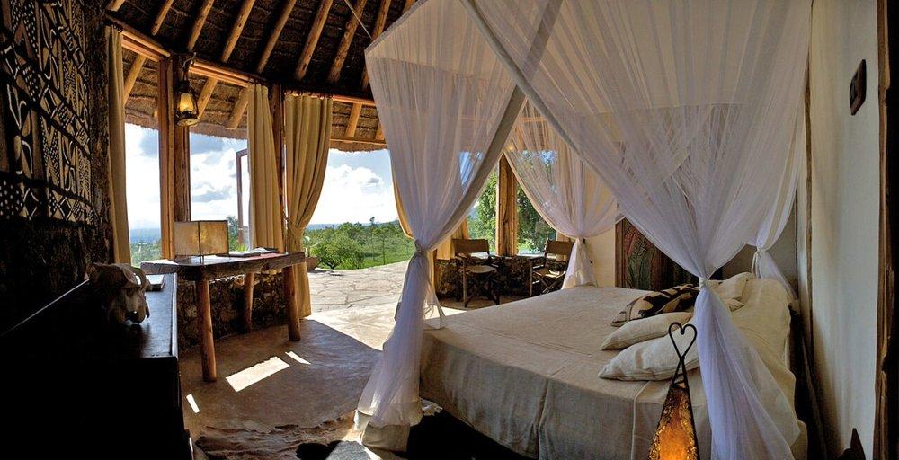 CAMPI YA KANZI, KENYA safari room