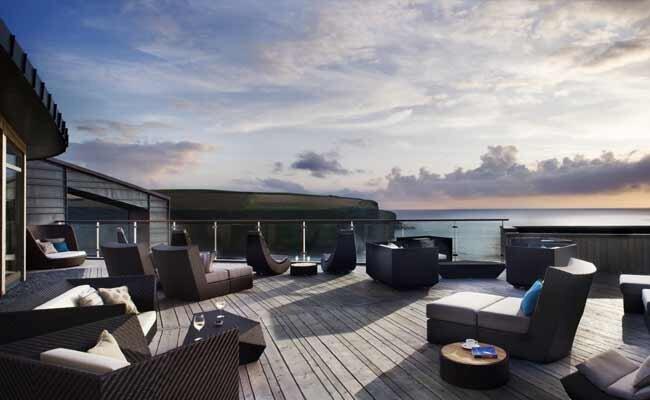 Scarlet-Sea-View-Terrace-HPBG.jpg