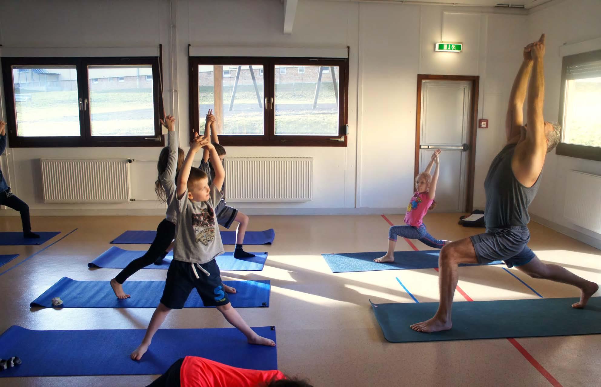 Yoga kids_Page_3.jpg