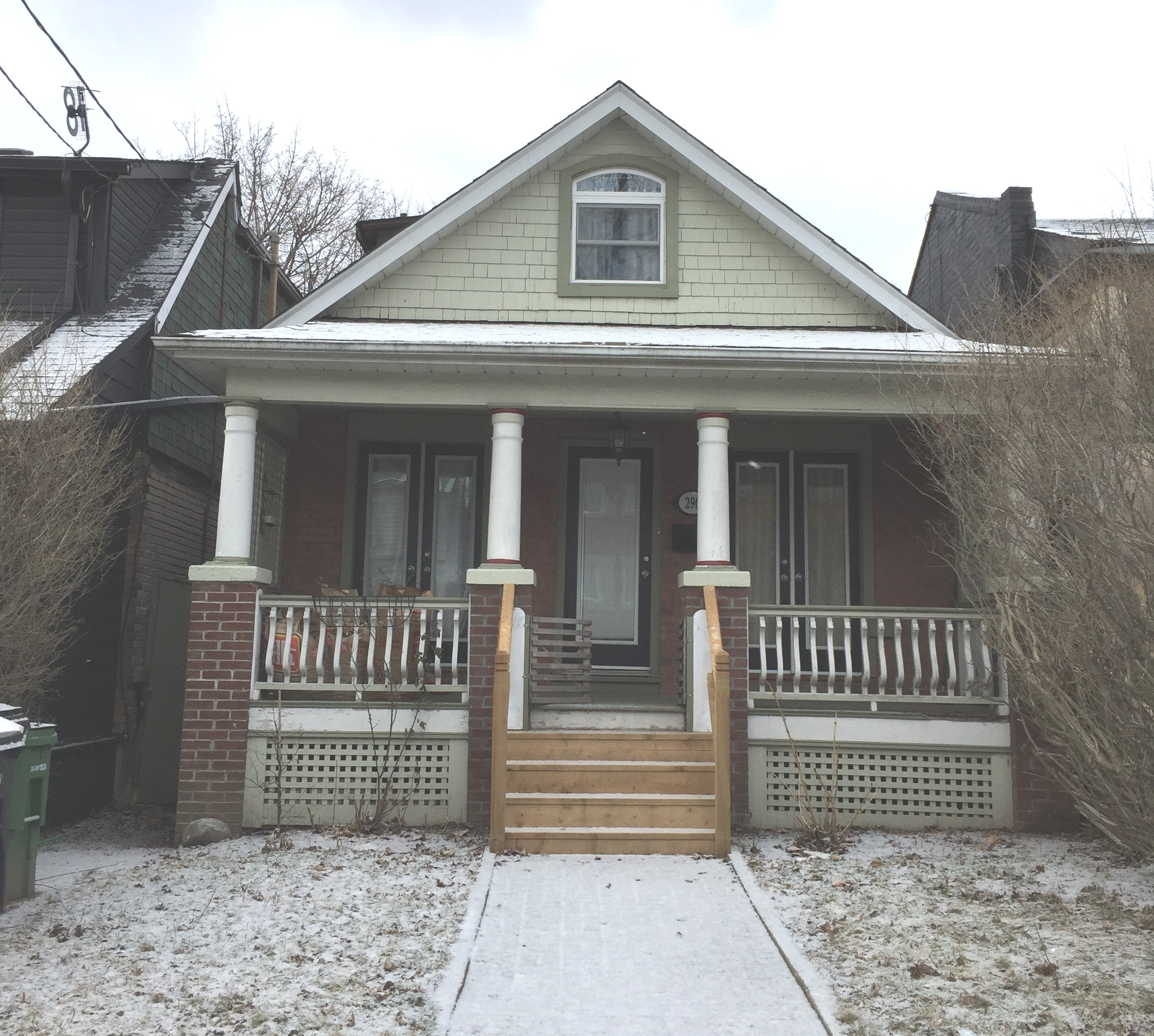 290 Rhodes Avenue, Toronto - For Lease $2,800/month | LEASED for 100% of asking.