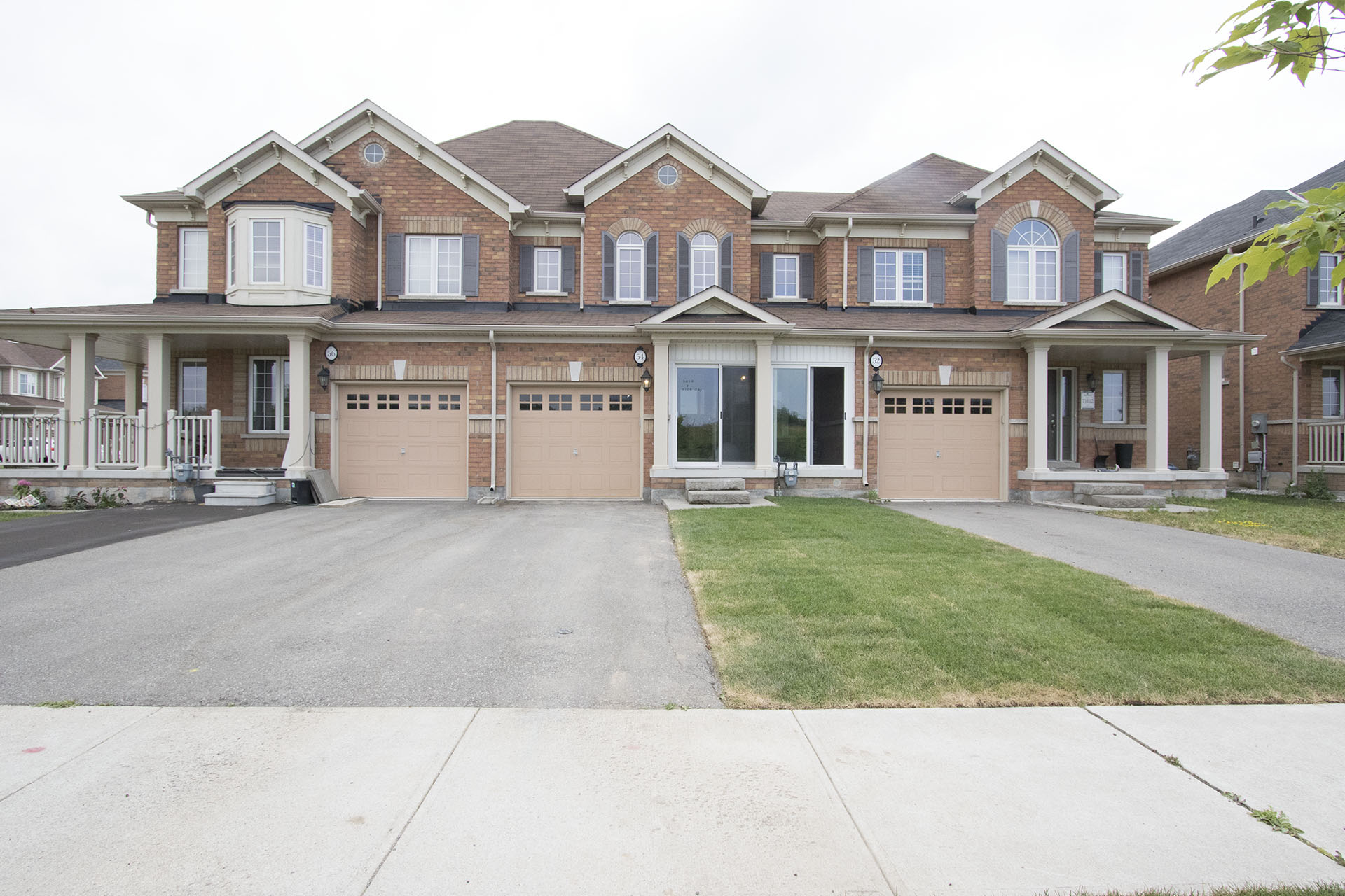 54 Juneberry Road, Thorold - For Sale $379,000 | SOLD for 98% of asking.