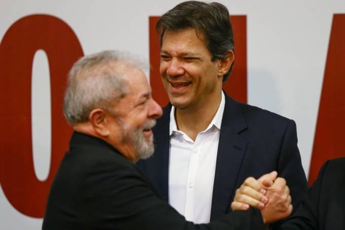 Photo by Afago (Pedro Ladeira/Folhapress)   Lula de Silva pictured with Fernando Haddad