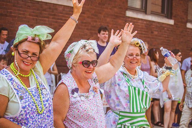 Raise your hand if you're STILL nursing that food baby from #PierogiFest last weekend🥟🙋 • • • 📸: Marisa Lopez • • • #PierogiFest #PierogiFest25 #pierogi #Whiting #WhitingIN #VisitIndiana #H2GIndiana #Indiana #TheRegion #NWI #MrPierogi #buscias #pieroguettes #experiencewhiting #indianatourism #indianafestivals #summerfestival #foodfestival #polishpride #mascothalloffame #festival #food #kielbasa #polka #polkaparade #indiana #MascotHallOfFame #MHOF