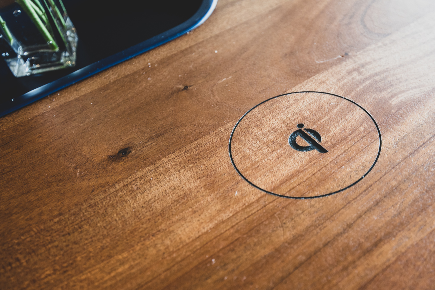 Something easy to overlook: the circular branding of Cold Brew Bar found on the tables is actually a hidden wireless charger for your phones (if they are capable of such functionality). I had no idea these were wireless chargers until the head of IT operations at Cold Brew Bar pointed out this amazing detail!