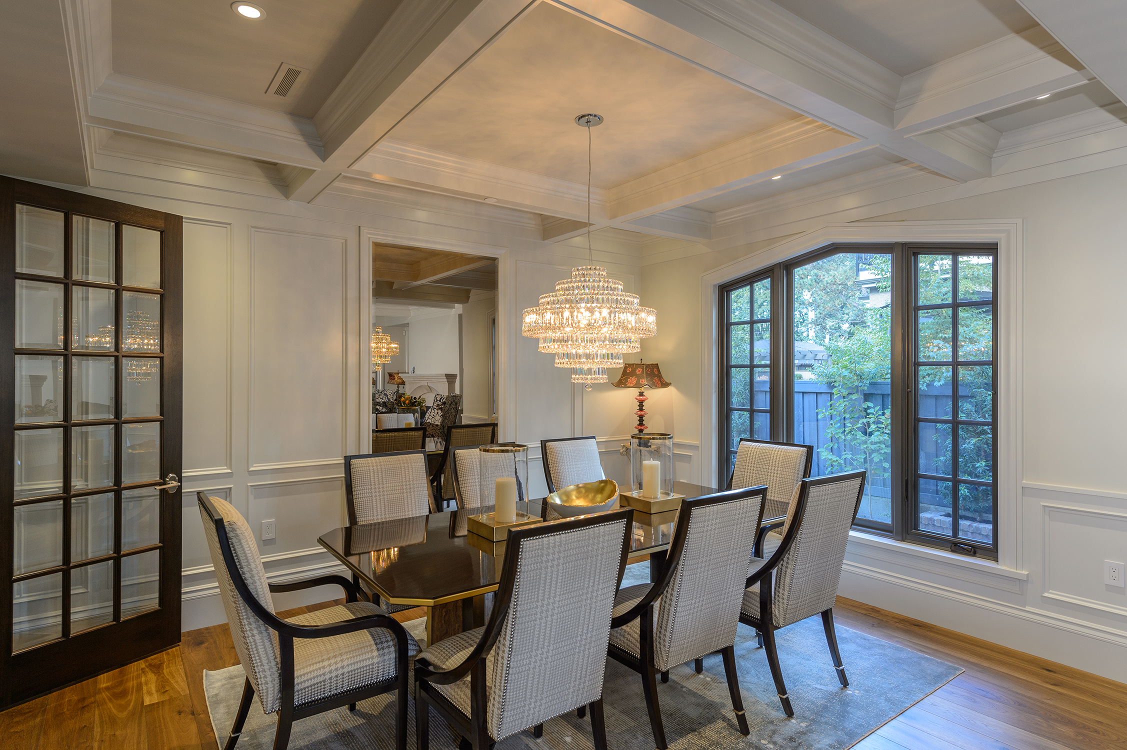 Feature-Projects-Churchill-Dining.jpg