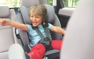 Teach 'em young!! And bring your car in to Maplewood Carwash, keep it clean! #maplewoodcarwash #gloucesterma