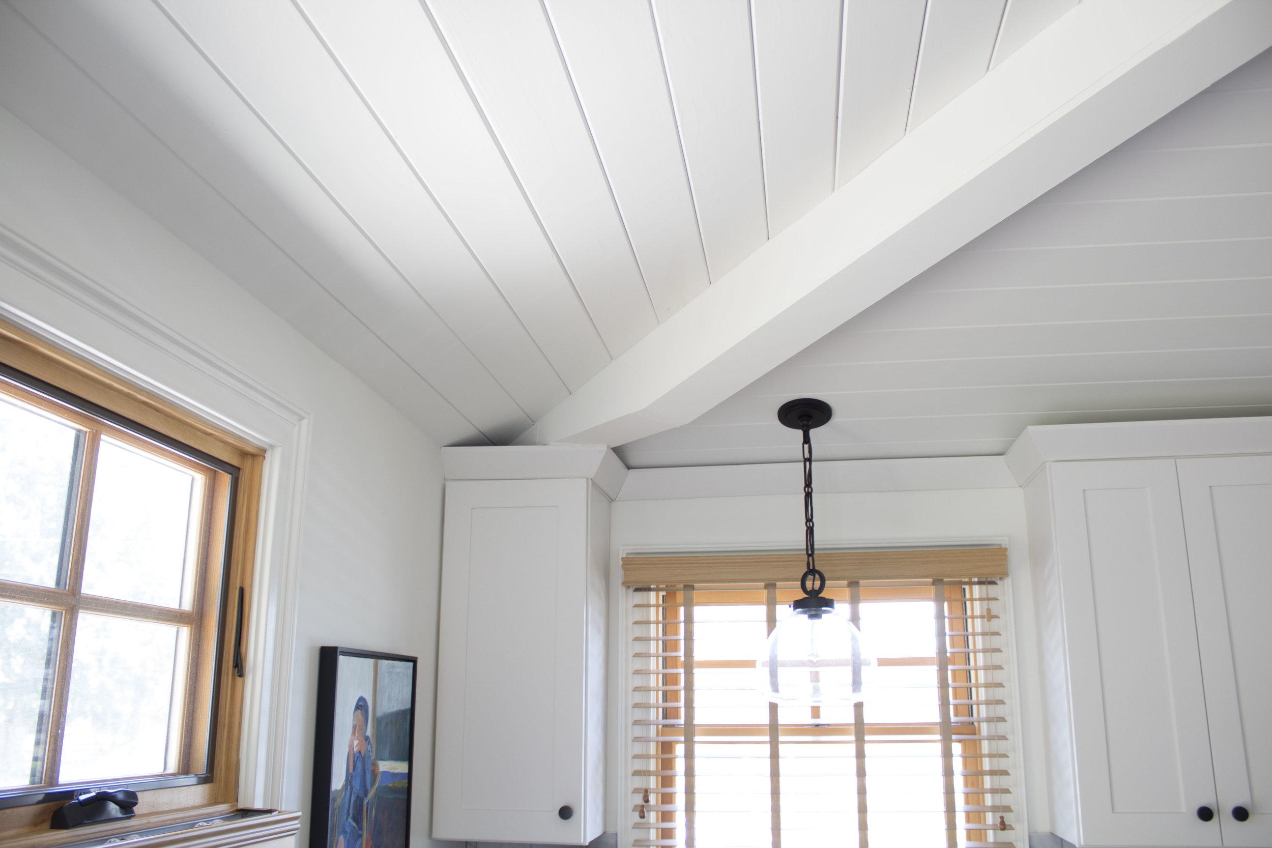 Ceiling_beam_kitchen.jpg