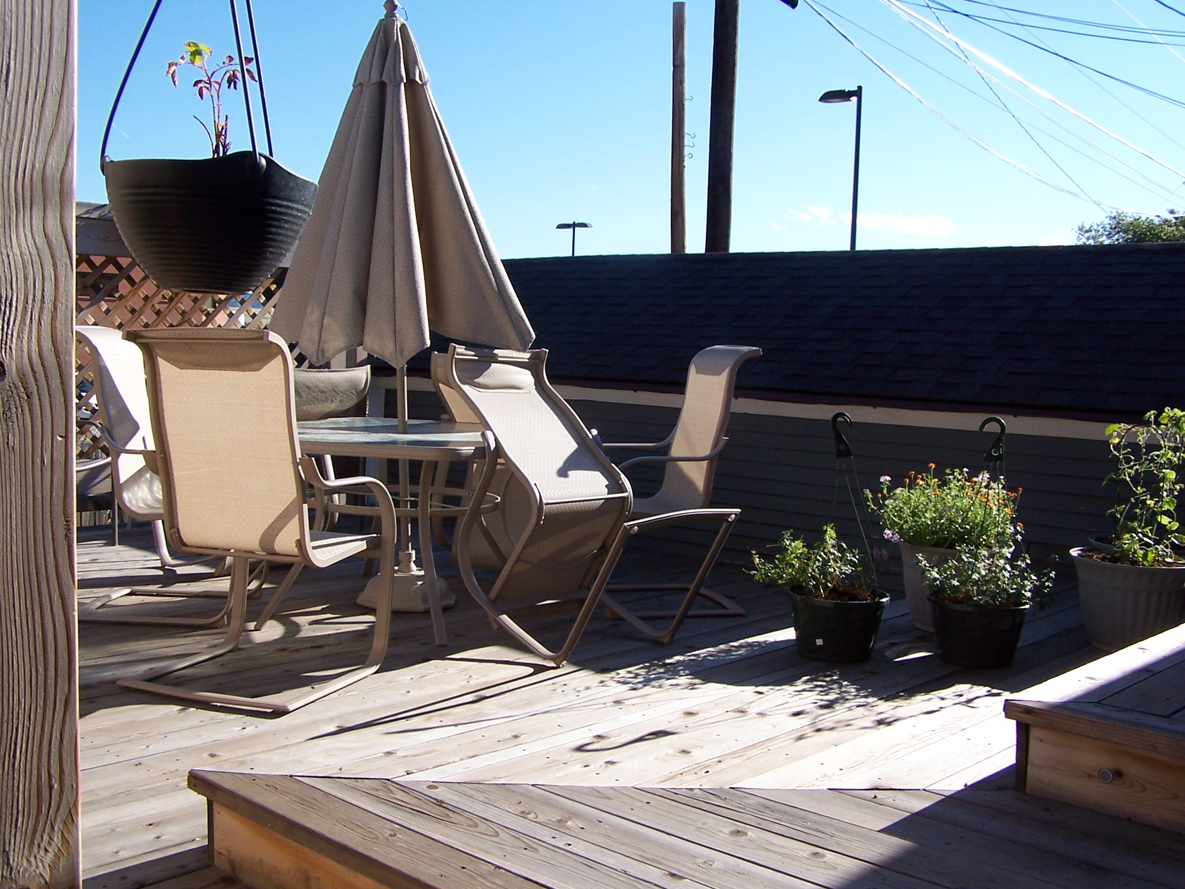 630 Silver finished back patio Craigs Lst.JPG