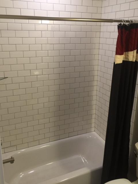 409A Park interior bath.jpg