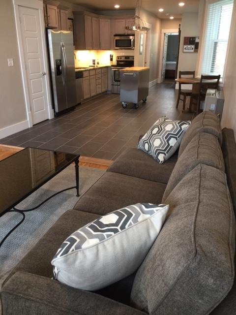 411A interior living_kitchen.JPG