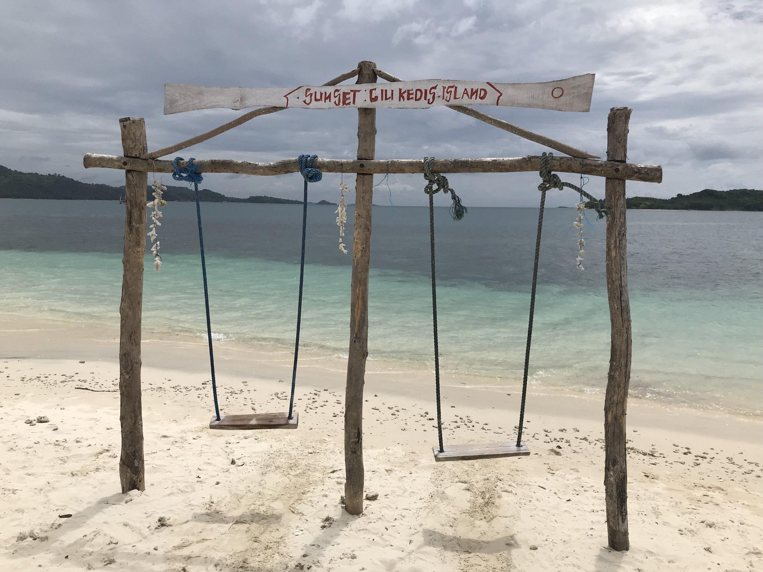 Lombok gili swing tour