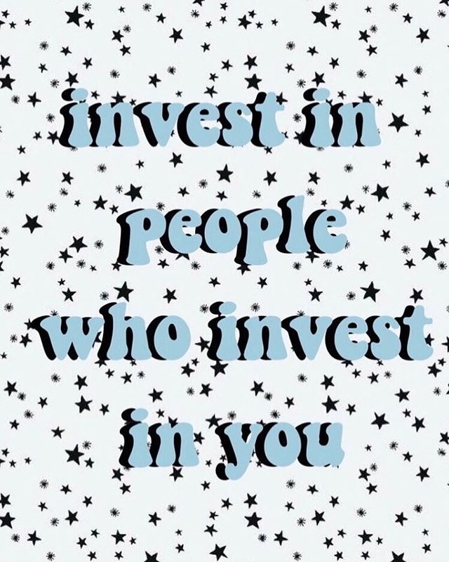 Invest in people who invest in you! 🧚🏽‍♀️🧜🏽‍♀️🧞‍♀️ • • • @pinterest • • • #buchawild #kombucha #buchaisbae #wildaboutkombucha #healthy #selfcare #booch #goodvibes #wellness #selflove #plantbased #plantpower #vegan #drinks #handcrafted #probiotics #pinterest #motivational
