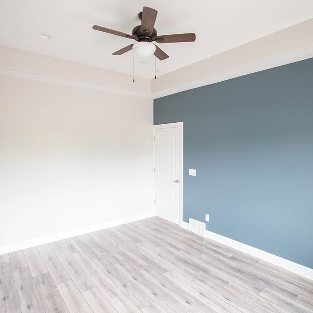 Who doesn't love an accent wall! We can help you pick colors that unify your house while reflecting your unique personality. #acsentwall #ottpaintingut