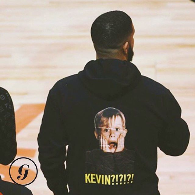 Drake trolling the injured Warriors star Kevin Durant with this home alone inspired hoodie might be the best one yet.😂 • Happy Monday, GISTers! Check those inboxes stat to get #thegist of last night's Raptors vs. Warriors game, an update on the French Open and the Stanley Cup, and the women's US Open. • It's less than a four minute read and we promise it's totally worth your time.💌 #thegist