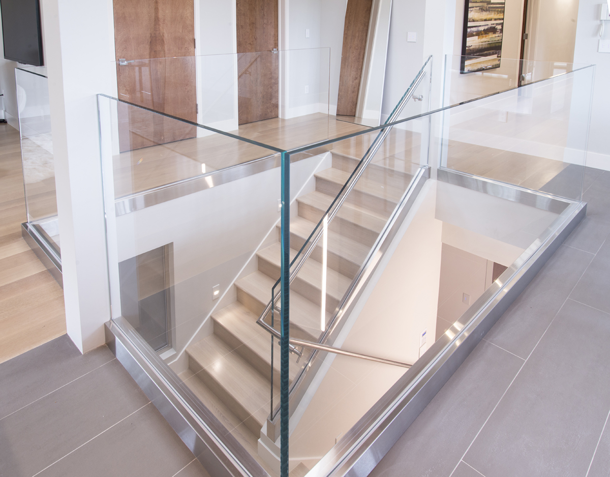 glass railing staircase