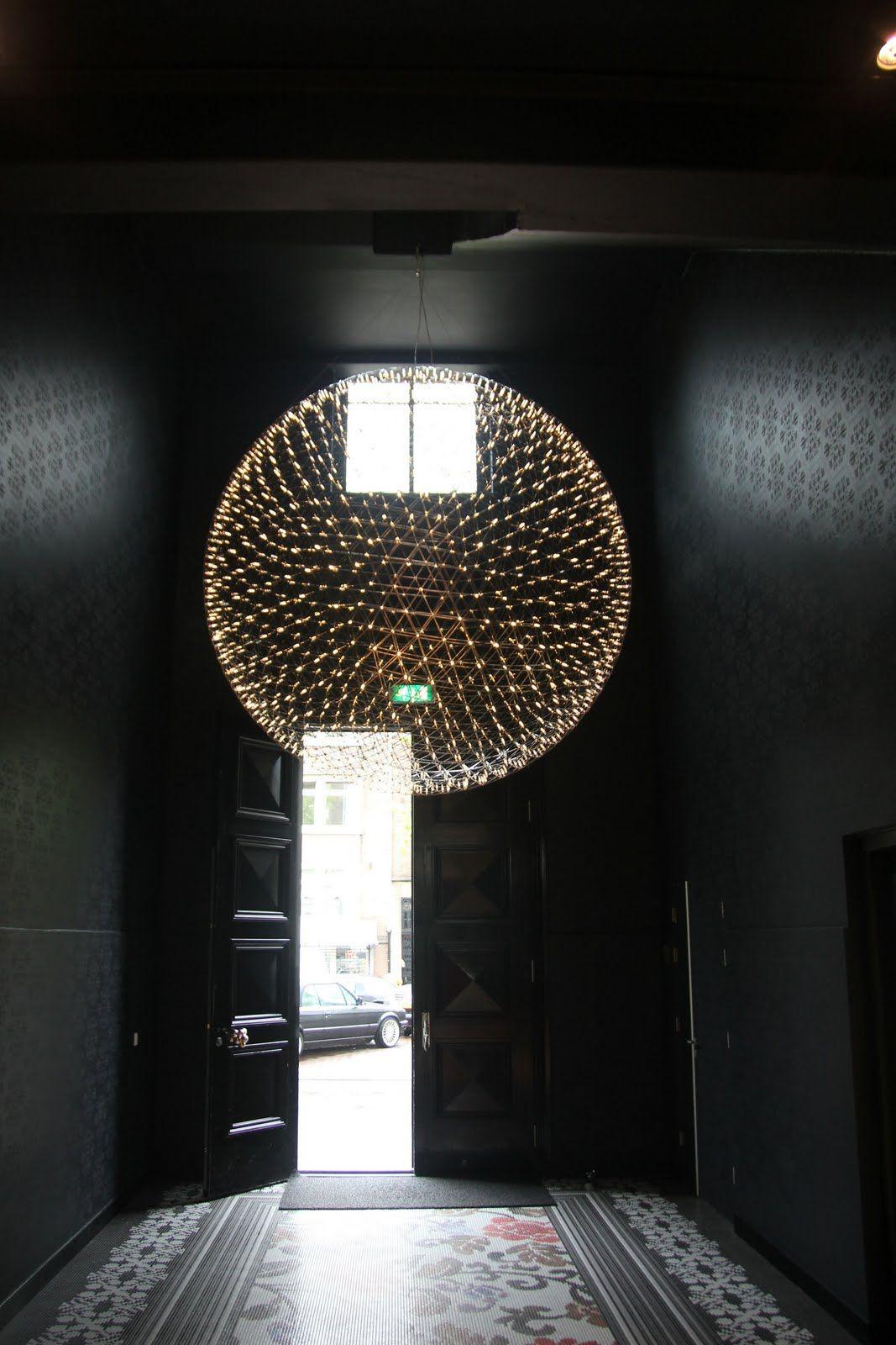isolina-mallon-interiors-entry-lights-moooi