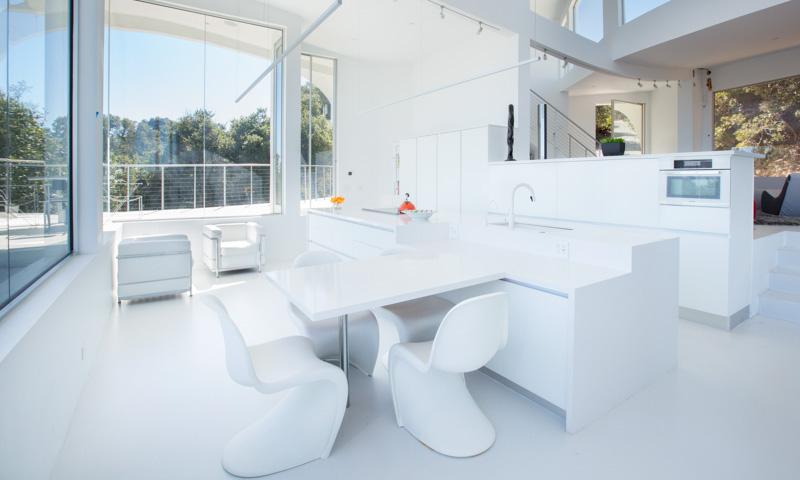 Modern-white-kitchen_Volare_Ruby-AIMG_0124.jpg