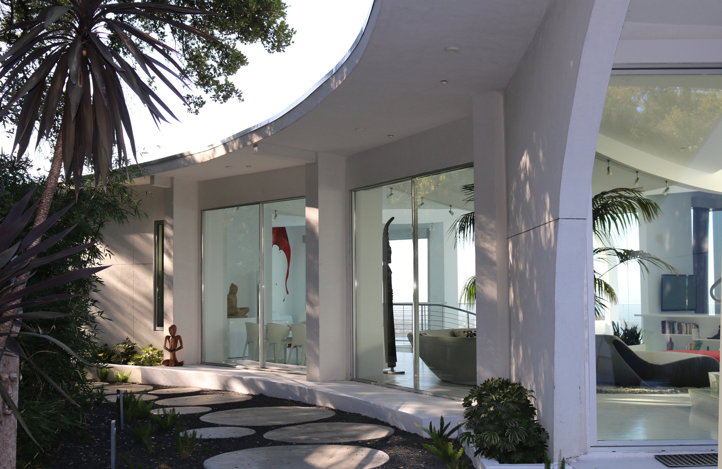 modern house entrance curved roof