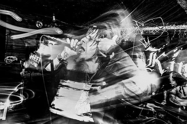 EYEHATEGOD • 05.12.2019 • THE KINGSLAND • BROOKLYN, NY • stop over @invisibleoranges to check our more shots from the night . . . . #eyehategod #centurymedia #thekingsland #fujifilmxt3 #xt3 #fujifilm_xseries #fujifeed #metal #sludge #sludgemetal #nola #punk #mikeixwilliams #invisibleoranges #bnw #bnwphotography #vviez #vviezphotography #livemusic #musicphotography #nyc #brooklyn #greenpoint