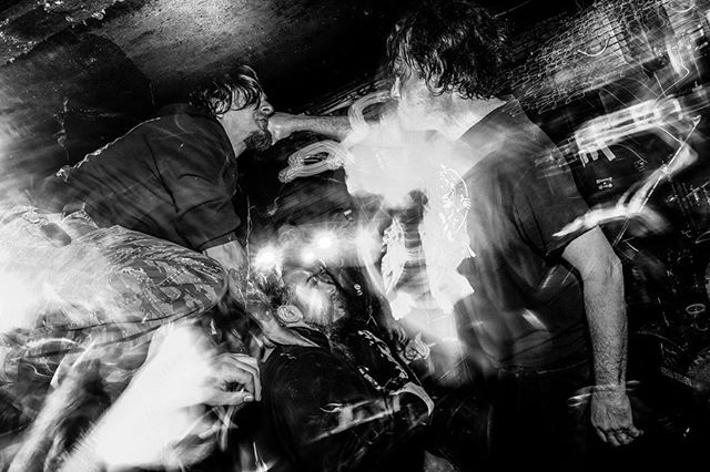 NEGATIVE APPROACH • 05.12.2019 • THE KINGSLAND • BROOKLYN, NY . . . . #negativeapproach #touchandgo #invisibleoranges #thekingsland #fujifilm #fujifilmxt3 #xt3 #fujifilm_xseries #fujifeed #hardcore #johnbrannon #punk #tieddown #bnw #bnwphotography #vviez #vviezphotography #nyc #brooklyn