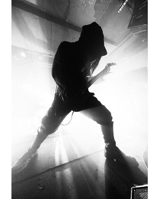 UADA • 04.12.2019 • SAINT VITUS BAR • BROOKLYN, NY • #tbt . . . . #uada #cultofadyingsun #saintvitusbar #vitusinstagram #fujifilm #fujifeed #fujifilmxpro2 #xpro2 #metal #blackmetal #deathmetal #bnwphotography #bnw #photooftheday #vviez #vviezphotography #nyc #brooklyn #eisenwald