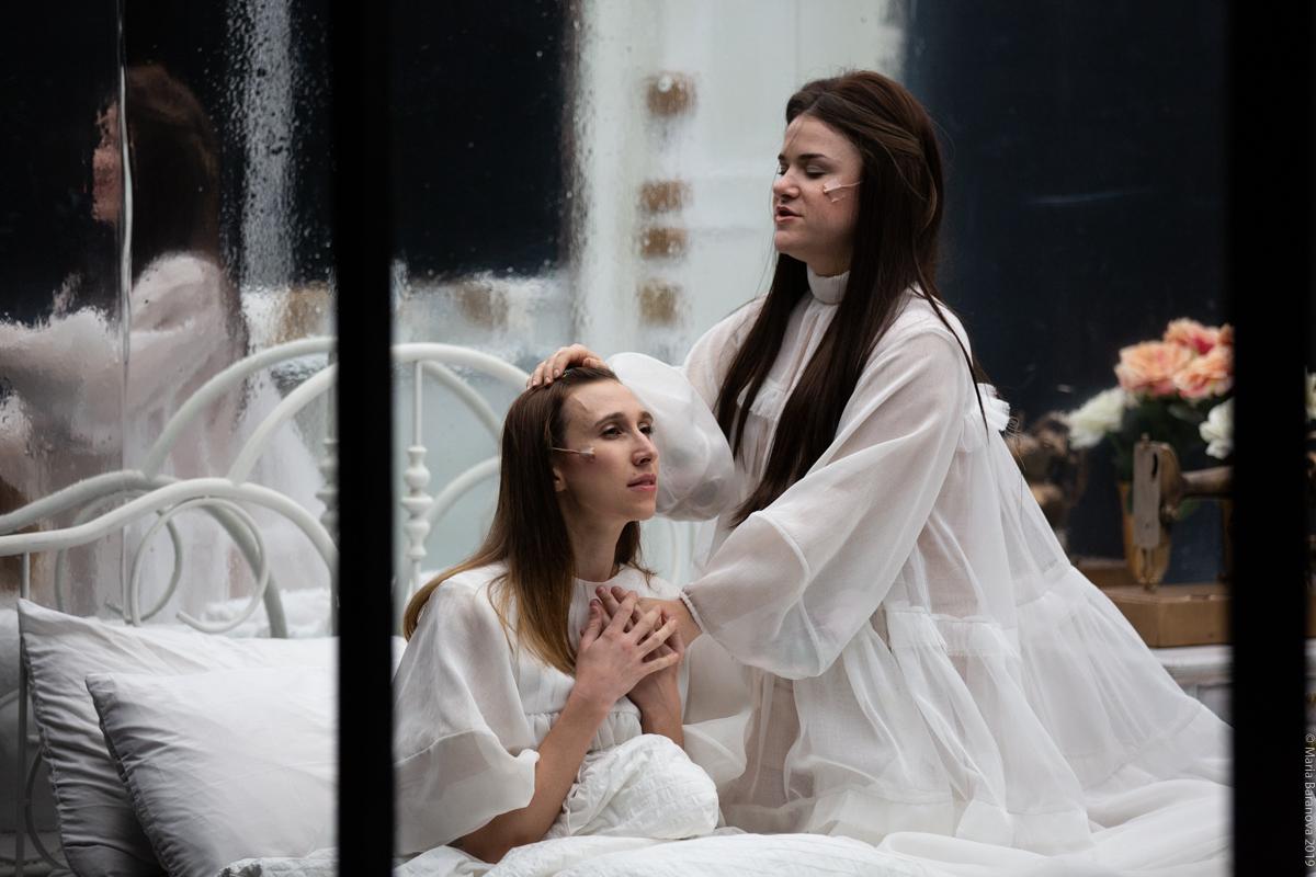 Anna Schubert (left) Rebecca Jo Loeb (right)
