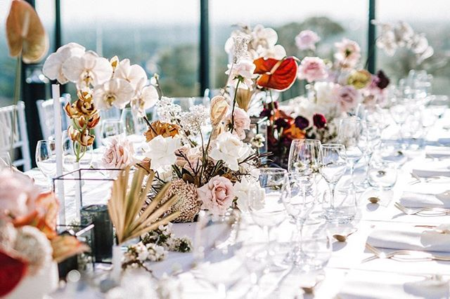 Table setup on the rooftop @thelandmarksydney with amazing city view.  Event planning// @chefin_official  Photos// @cjpicture_au
