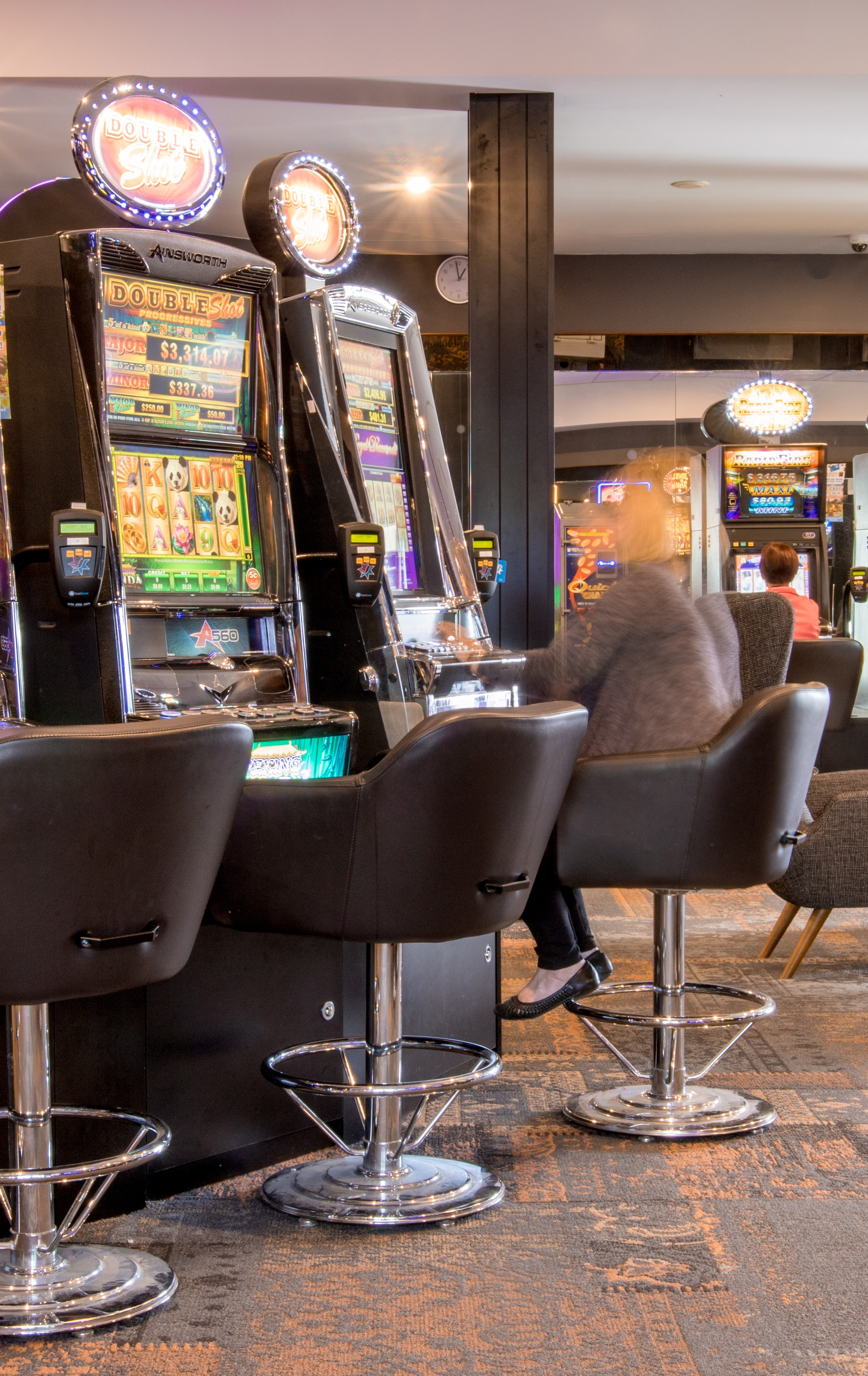 Basic Training - Gaming Machines - Recognised by Consumer and Business ServicesBasic Gaming Training also includes nationally accredited units:SITHGAM001 – PROVIDE RESPONSIBLE GAMBLING SERVICESSITHGAM002 – ATTEND GAMING MACHINESCost: $300pp*Duration: 2 x 7 Hour Days