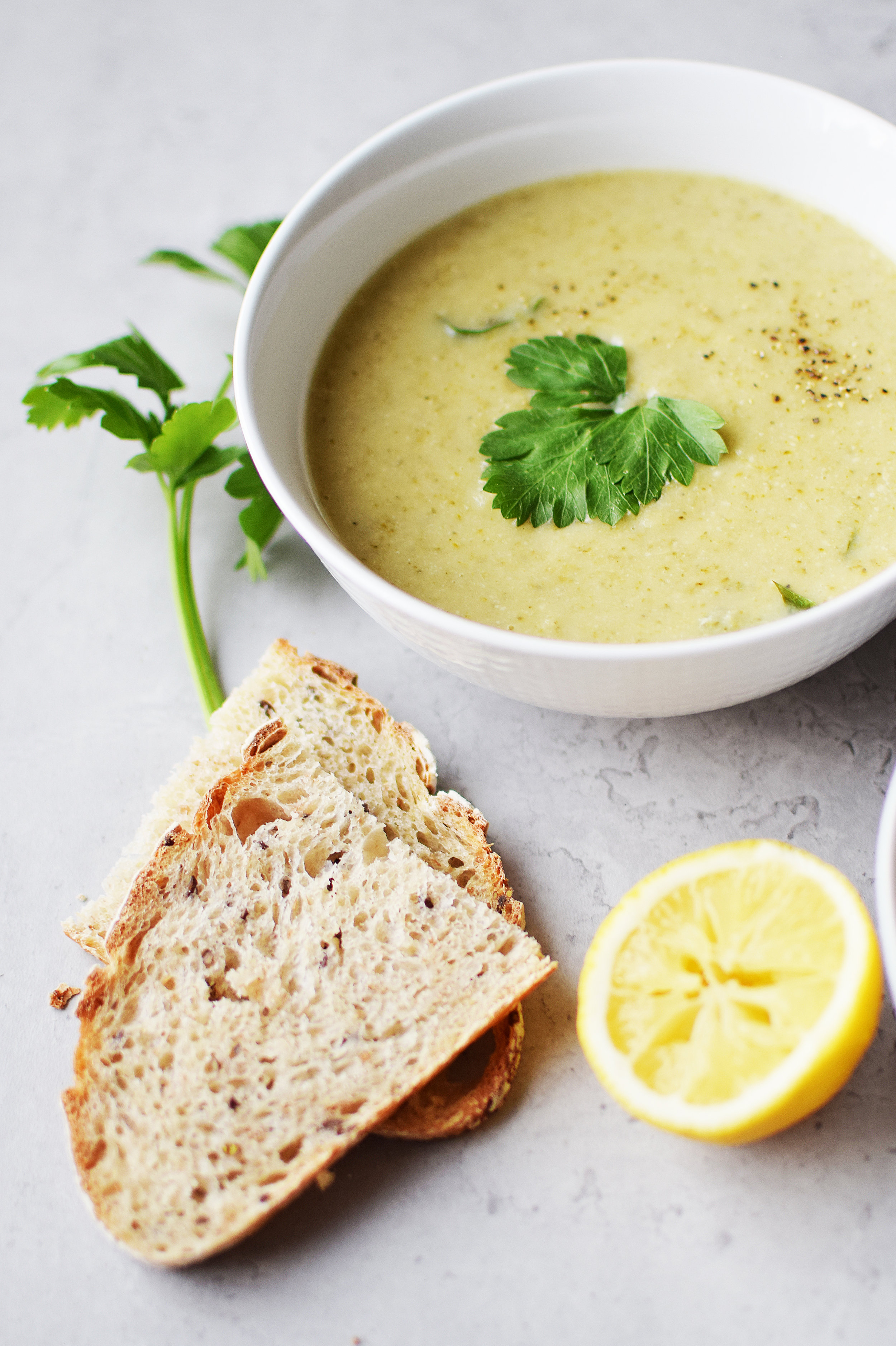 vegansk-broccolisoppa.jpg