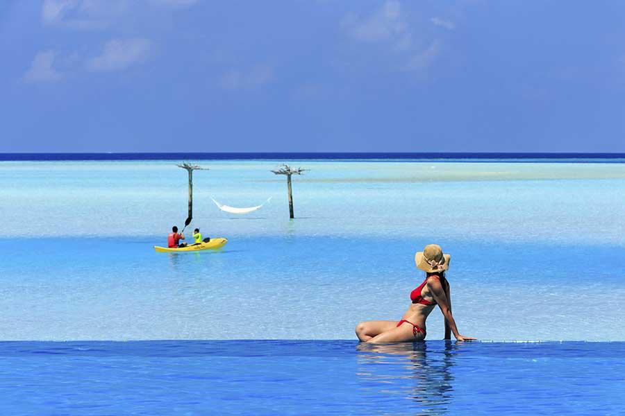 015 Dhigu Anantara Maldives.jpg
