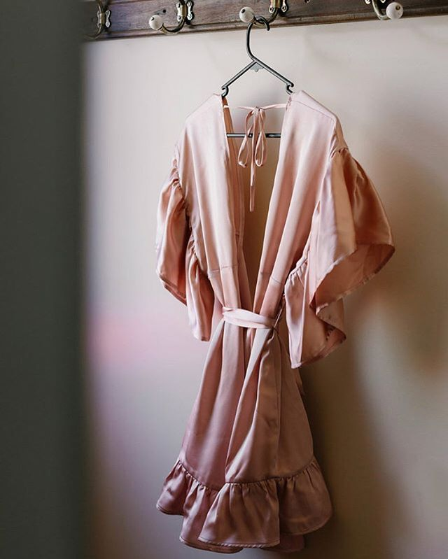 Something Blue: Amber Rose matt finish silk satin kimono 🖤 ... 📷 @erinandtara ...