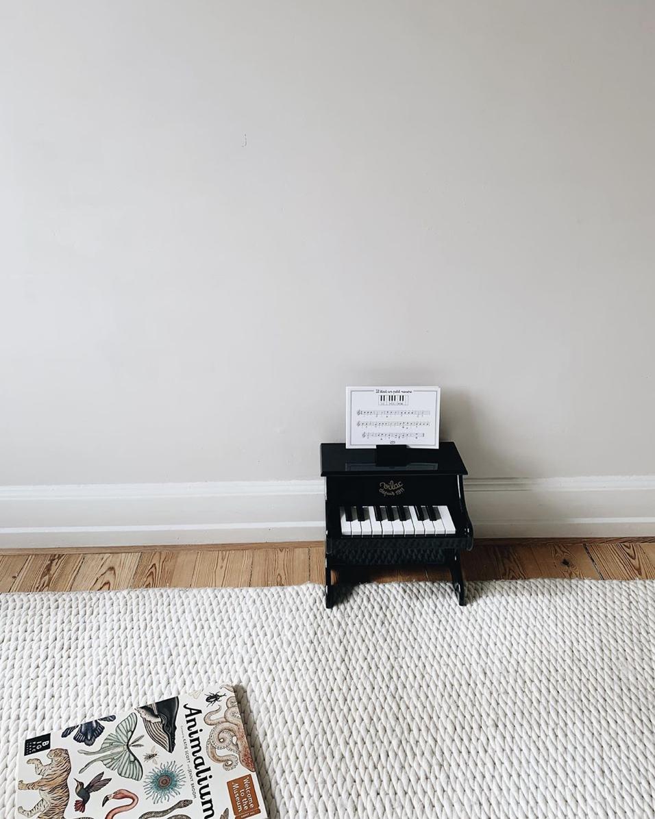 Vilac-black-piano-STUDIO-MINI.jpg