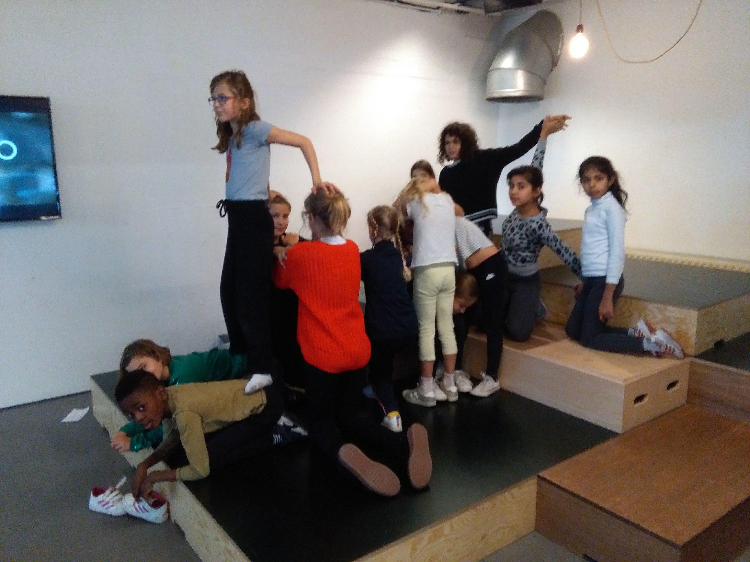 Workshop op maat - Aansluitend bij klasthema's , Muzo en schoolprojectenDeze workshop wordt specifiek op maat en vraag van de school ontwikkeld.