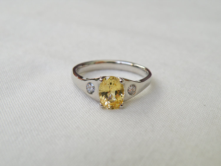simple-delicate-vermont-engagement-rings.jpg