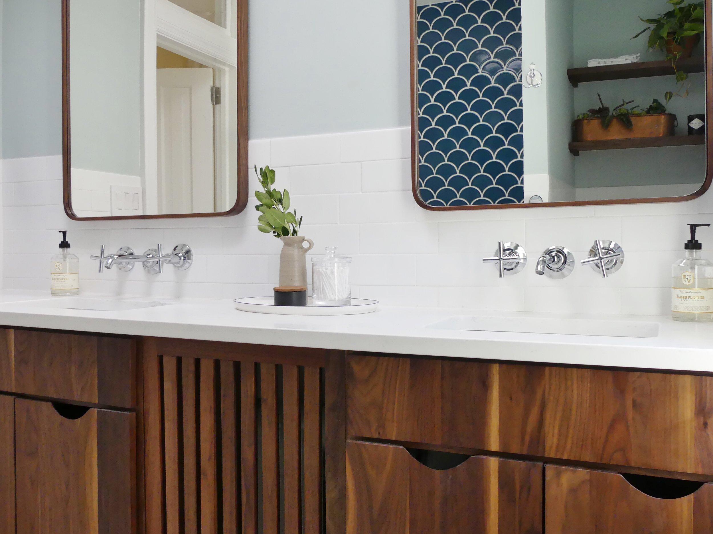 sanabria-interior-design-washington-dc-bathroom-renovation-custom-cabinets
