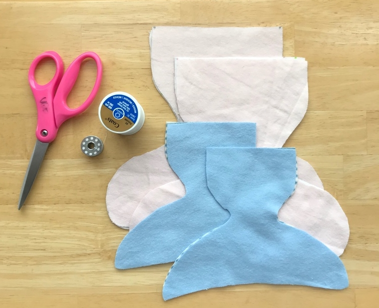 When starting with the sewing portion of the process you will need cut out diapers, scissors, a good quality WHITE thread and a sewing machine.