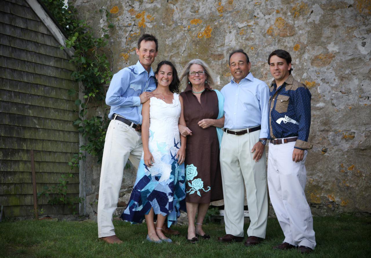 Calyn + Ryan wedding family photo